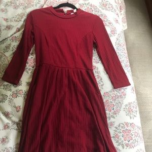 Maroon Dress with POCKETS!
